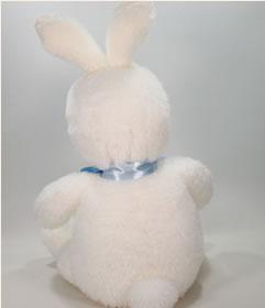 うさぎのウェイトドール新婦うさぎは丸いしっぽ。抱きしめたくなるような後姿のかわいい丸いしっぽです。
