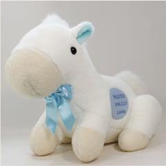 うまのウェイトドールは真っ白なかわいい白馬