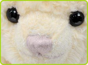 ピンクの刺繍糸の可愛いお鼻